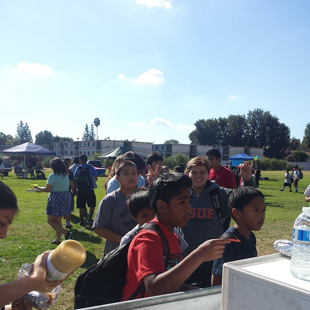 Tailgate Party at Las Palmas Middle School 2014-11-21 02