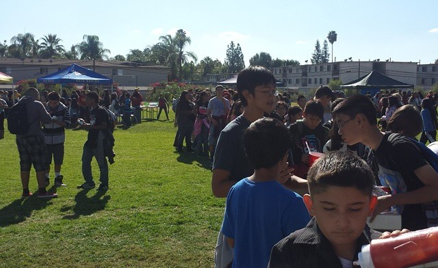 Tailgate Party at Las Palmas Middle School 2014-11-21 08